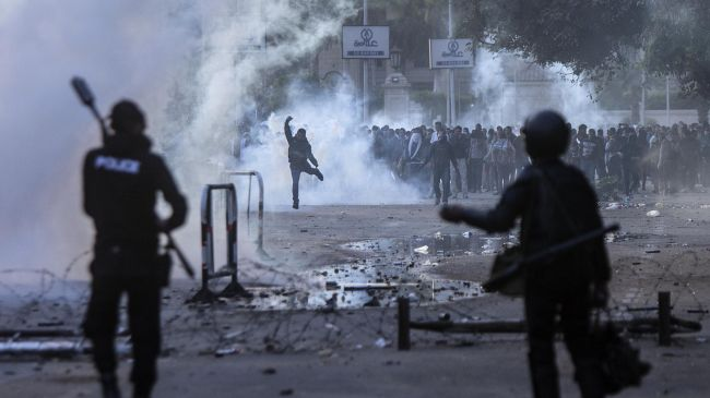 339632_Egypt-Cairo-protest