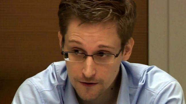 341608_Edward-Snowden