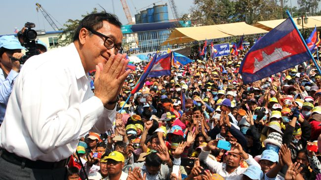 Photo of Cambodia opposition urges PM to resign