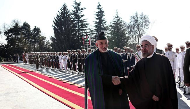 President Rouhani officially welcomes Afghan counterpart