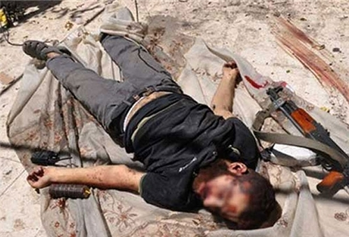 Photo of Saudi Ringleader, 43 Al-Qaeda Militants Killed in Eastern Syria