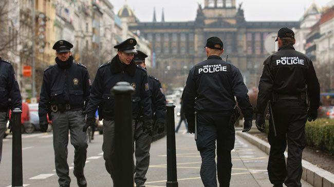 343181_Czech-police