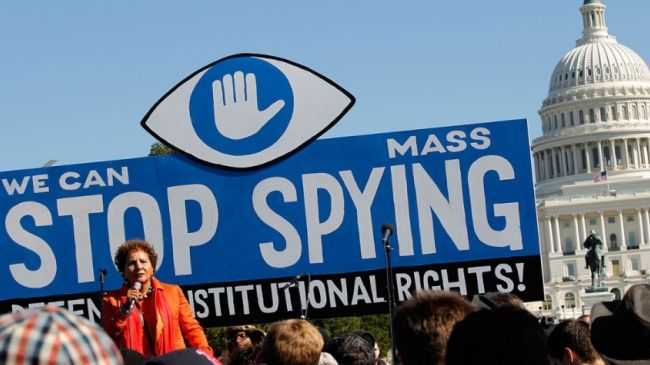 Photo of Civil liberties advocates appeal ruling in favor of US spying