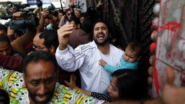 Photo of Egypt gives suspended sentences to 12 activists