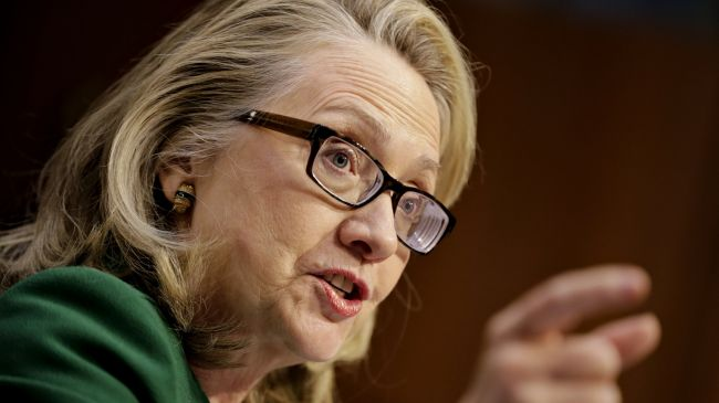 Photo of zionist Clinton pushed for US 'green light' for Israeli attack on Iran