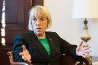 Key Senate Dem warns GOP on debt limit