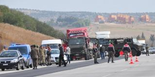 Photo of Exclusive: Seven More Trucks in Turkey carrying weapons and ammunition heading to Syria