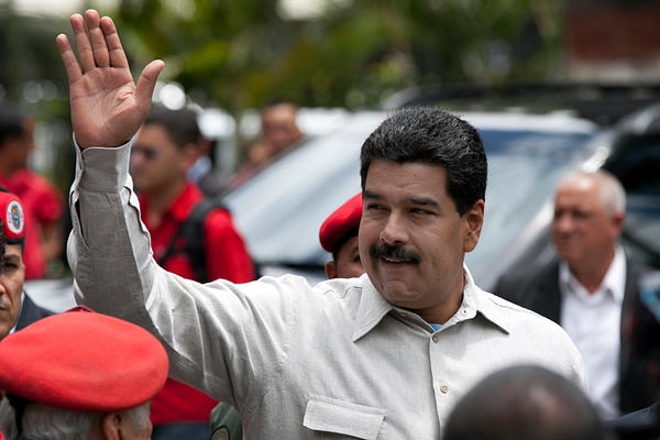 Photo of Argentine President Voices Support for Venezuela