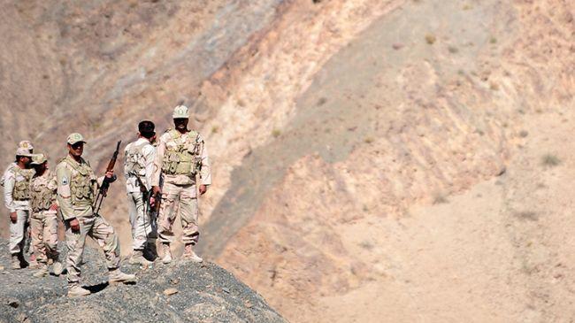 349890_Iranian-border-guards