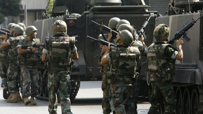 350039_Lebanon-soldiers