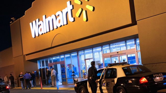 Photo of Shooting in Walmart store kills one man
