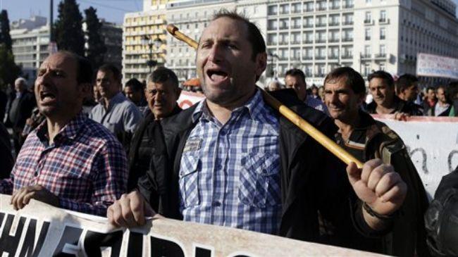 351454_Greece-farmers-protest