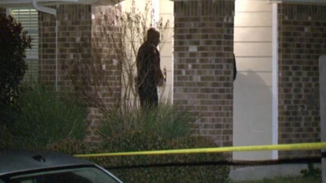 Photo of Texas father fatally shoots boy found in daughter's room