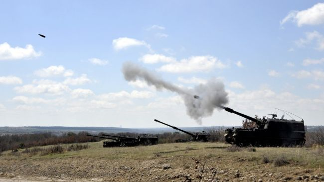 Photo of Turkish army artillery pounds west Syria