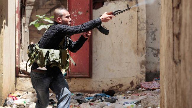 Photo of 3 killed in renewed clashes in Lebanon's Tripoli