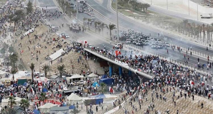 Bahrainis demand end of Saudi intervention