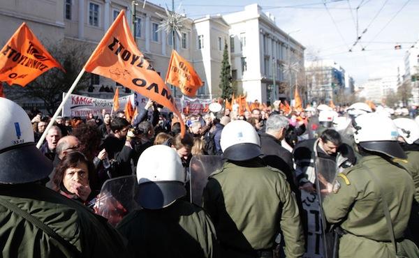 Greek-teachers-workers-protest