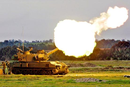 IOF artillery fires shell at northern Gaza