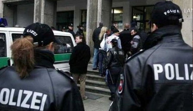 Photo of Germany arrests three over links with Syrian militants