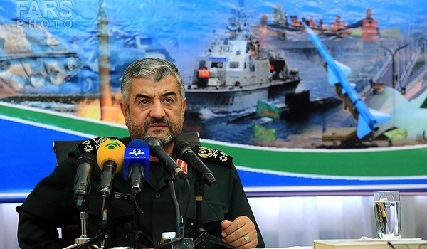 Photo of Top Commander Stresses IRGC's High Missile Power