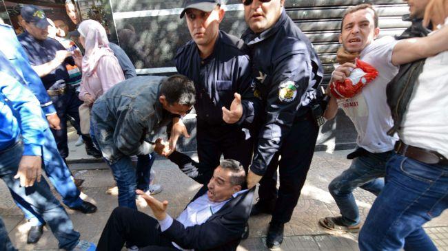 358973_Algeria-unrest-election