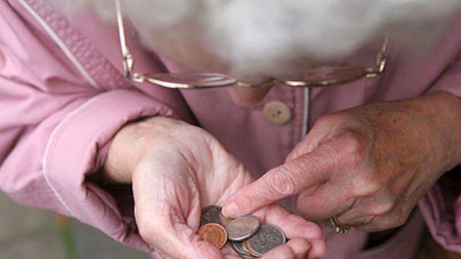 359450_UK-pensioners