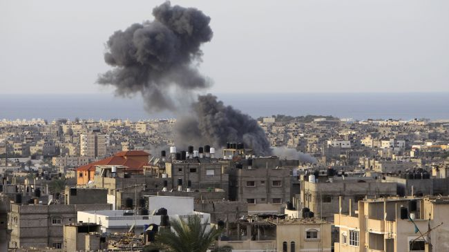 Photo of zionist airstrike on Gaza injures several