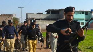 Gunmen kill 5 policemen in NW Pakistan ambush