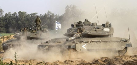 IOF soldiers raid southern Gaza