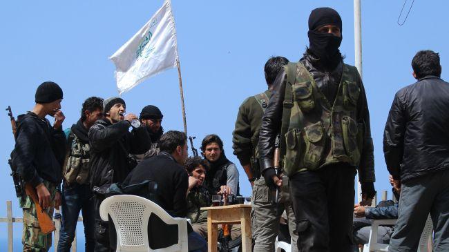 Photo of Heavy Infighting erupts between al-Qaeda-linked terrorists in Syria