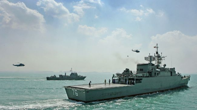 Iran, Oman hold joint naval drills in Sea of Oman