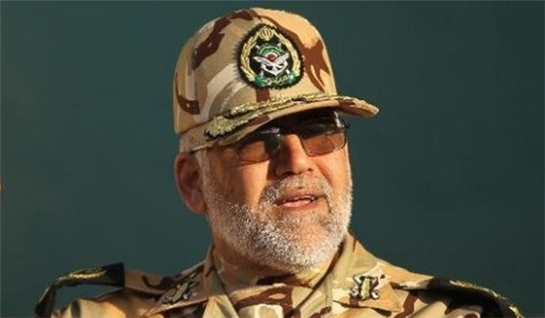 Photo of Commander: Iranian Army Monitoring Enemies' Moves in Land, Air, Sea