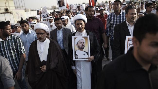Photo of Protesters hold anti-regime demos across Bahrain