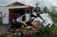 Photo of US tornadoes death toll reaches 18