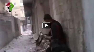 Photo of Video- Terrorist in Syria shoots his fellow's hand