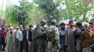 1 killed, 2 injured in police clashes in Kashmir