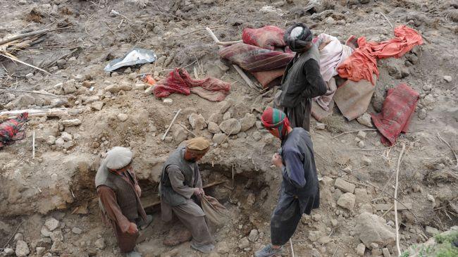 361141_Afghanistan-landslide (1)