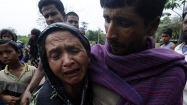 Death toll hits 43 from India massacre of Muslims