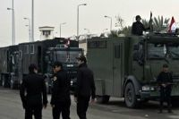 Gunmen kill three Egyptian soldiers in Cairo