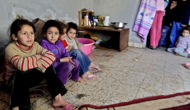 Hungry kids in Yarmuk to leave the camp for exams