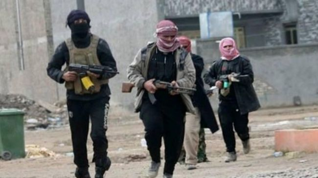 Photo of Barbaric ISIL executes several rival militants in Syria