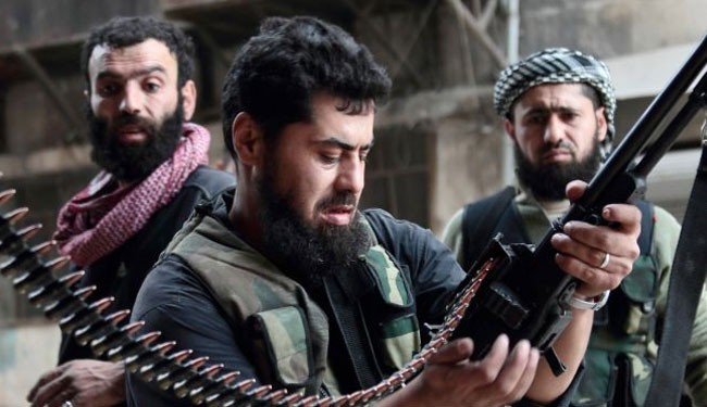 Photo of ISIL terrorists execute three terrorist FSA officers in Syria