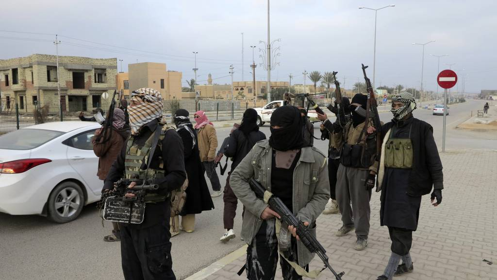 Photo of ISIL Terrorists Imposes Jizya on Christians in Iraq's Mosul