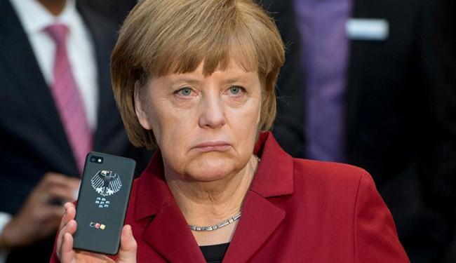 Germany to probe NSA snooping of Merkel's phone