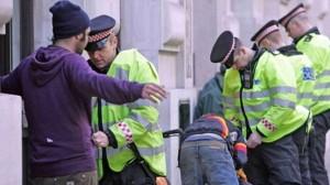 369388_UK-police