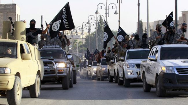 Photo of ISIL militants threaten to invade, take over Spain