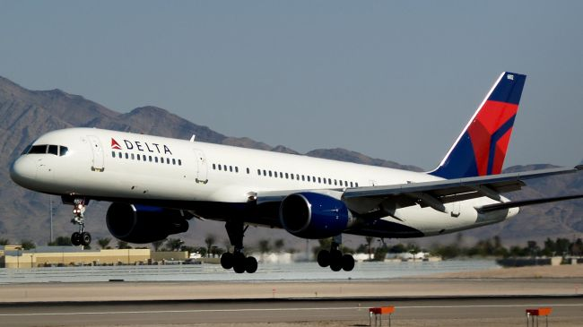 Photo of Major US airliner, Delta, extends flight ban on Israel