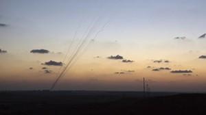 372704_Hamas-rockets