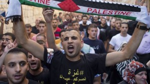 373124_Palestinian-protester