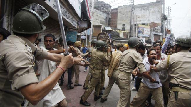 373238_Kashmir-clashes